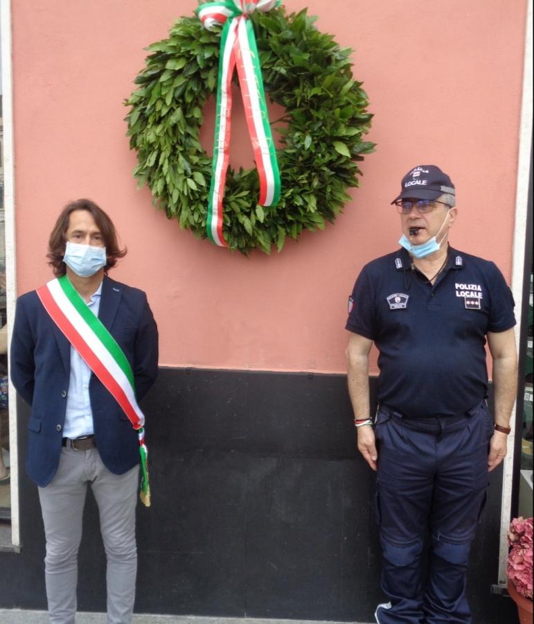 Varazze ha ricordato le vittime del bombardamento del 1944 e del coronavirus